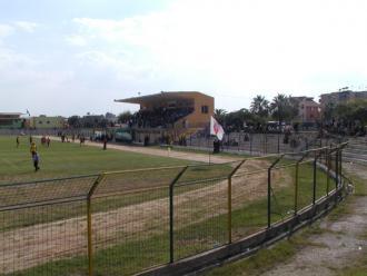 Stadiumi Roza Haxhiu