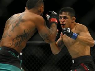 Erik Perez vs Felipe Arantes (UFC – 06 de Novembro de 2016)
