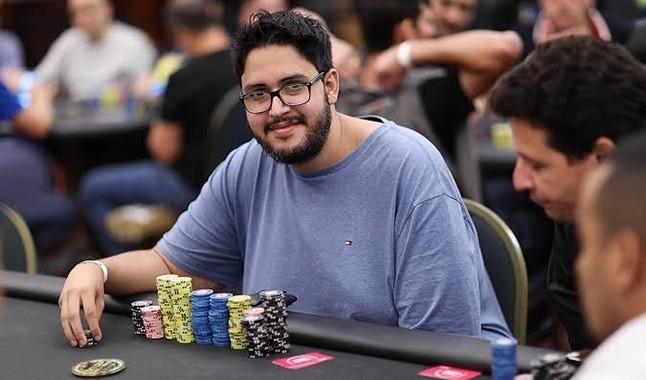 Fernando Viana é o grande campeão do Half Price Sunday Warm-Up do PokerStars