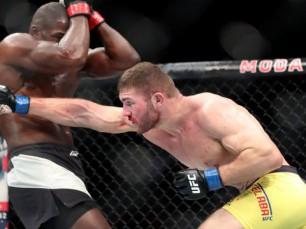 Ion Cutelaba x Jared Cannonier (UFC – 04 de Dezembro de 2016)