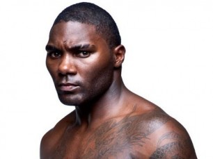 Anthony Johnson anuncia aposentadoria