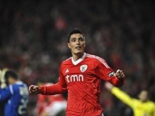 Liga Europa: Benfica procura margem para St. James Park