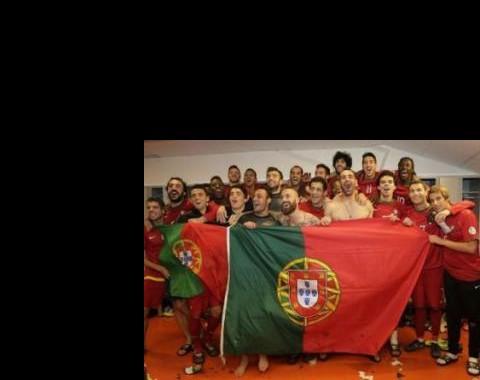"""Mundial 2014: Portugal carimba passaporte com """"chancela"""" de um Ronaldo Galáctico!"""