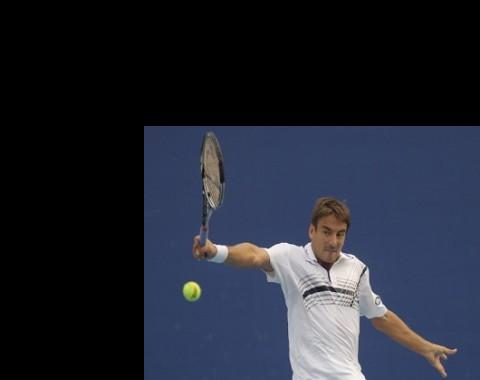 """Roland Garros: Experiência de Robredo insuficiente para """"furacão"""" Monfils"""