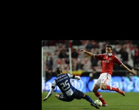 Liga Zon Sagres: Benfica abre janela ao Dragão