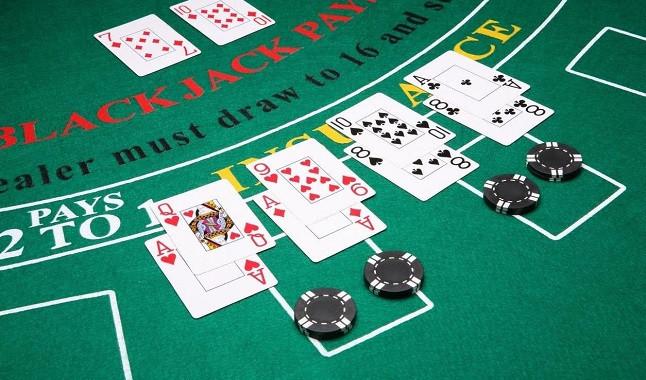 """How to """"split"""" in Blackjack"""