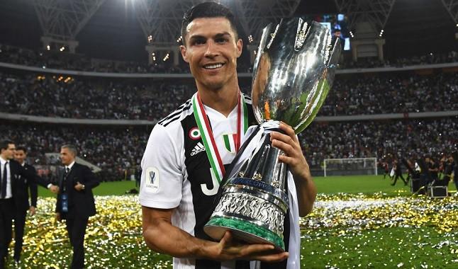 Cristiano Ronaldo segue empilhando títulos na carreira