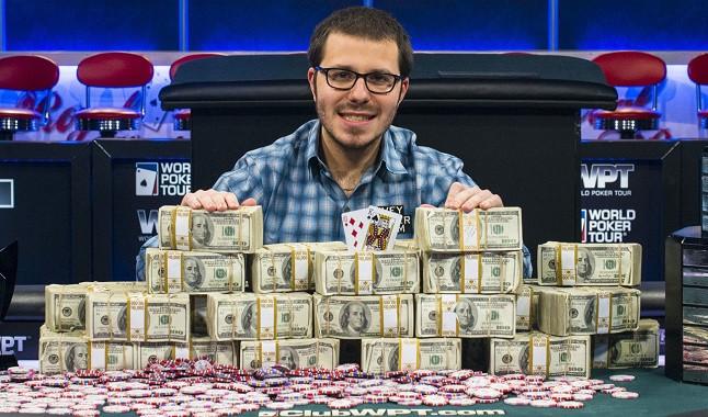 Estrella del póquer: Dan Smith