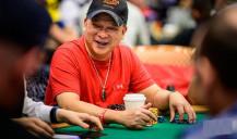 Estrella del póquer: Johnny Chan