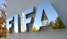 FIFA estima perda de US$ 14 mil milhões no futebol