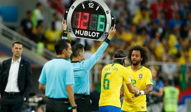 FIFA allows five substitutions until 2021