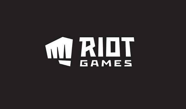 LoL: Hideo Kojima pode se aliar a Riot Games