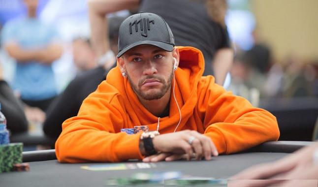 Neymar destaca en el podio de PokerStars
