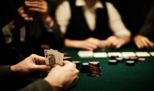 Small tips on what turns players into winners at Poker