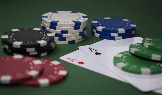 Poker and Ego: Deadly Enemies