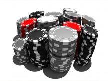 Como Jogar com Muitas Fichas nos Torneios de Pôquer
