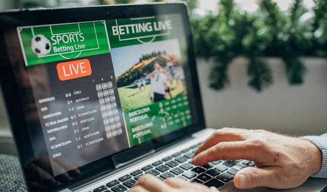 What are the differences between betting pre-match or live?