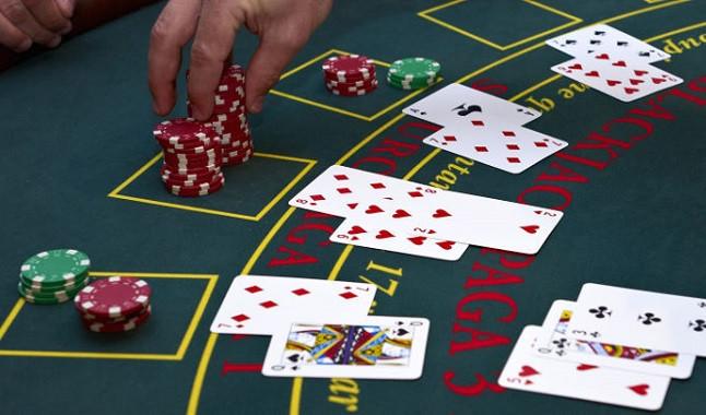 Cuándo doblar una apuesta en Blackjack