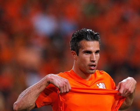 Robin van Persie para marcar no Holanda vs Argentina